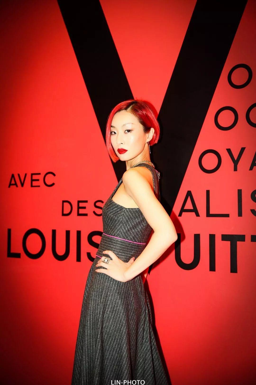 人物 | 登上VOGUE进入国际时尚圈,如今她跨界健身只为女性服务